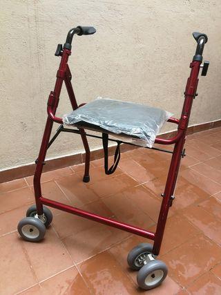 Andador taca taca con ruedas