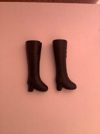 Barbie Sindy Chabel Nancy muñeca botas