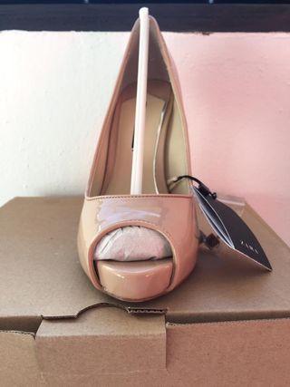 Zapato de tacón nude