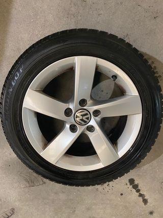 Llantas VW con neumáticos invierno 205 55 16