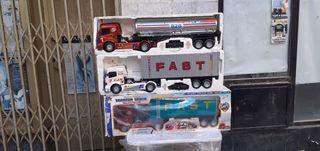 Camiones metálicos