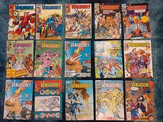Lote 23 cómics Vengadores Vol. I Fórum