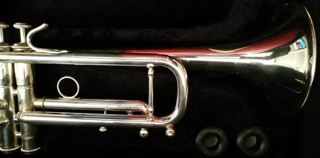 Trompeta Sib Stomvi S3 como nueva
