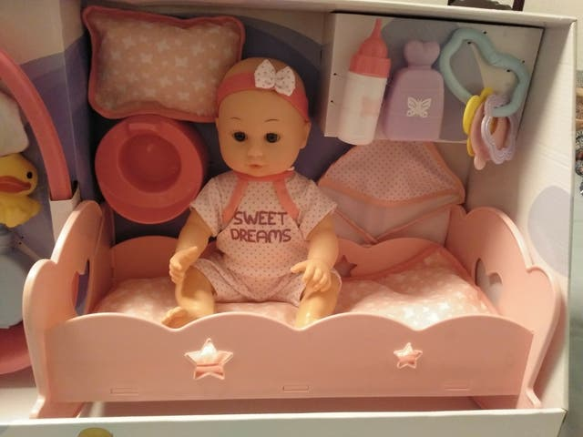 Set de baño y cuna para muñeca / muñeco
