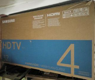 "TV SAMSUNG 32"" HD. Modelo: M4000 Sin estrenar"