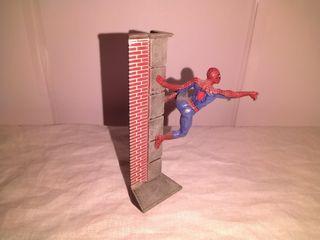 Diorama plomo Spiderman tm marvel 2004