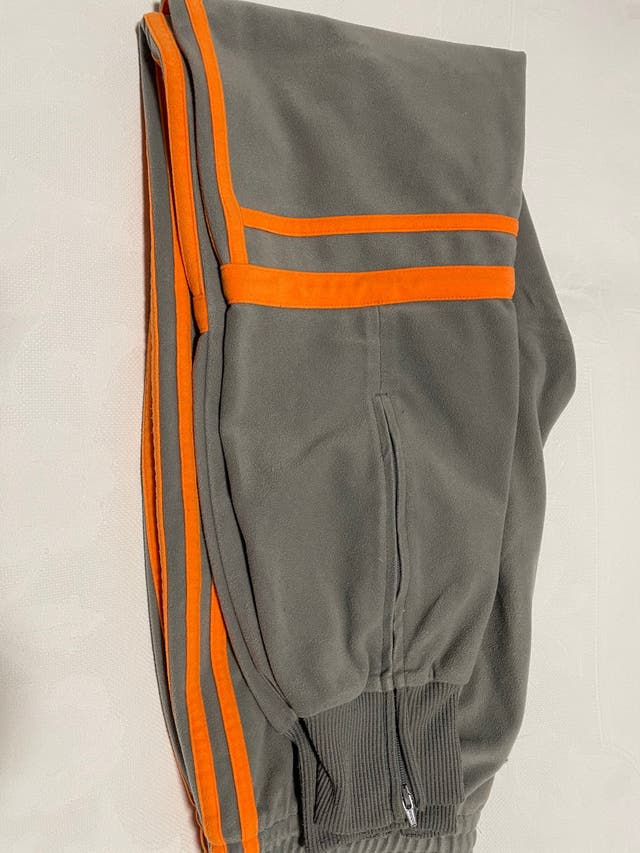 2 Pantalónes de chándal Adidas Challenger