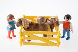 Playmobil ref. 3579 niños y ponis 1982