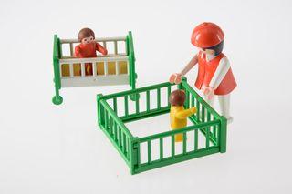 Playmobil ref. 3593 Cuidadora niños 1984