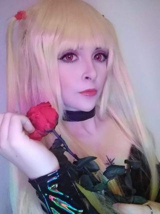 Peluca rubia cosplay