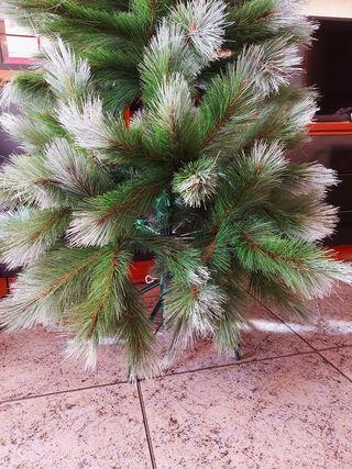 Arbol de Navidad Montgonery Luxe Nevado 120cm