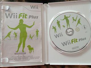 Juego Wii Fit Plus + tabla