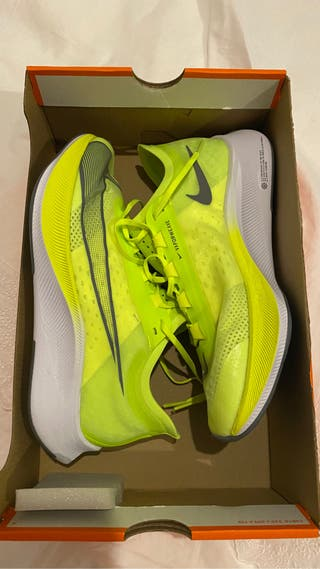 Zapatillas nike fly 3+ regalo calcetines fluor