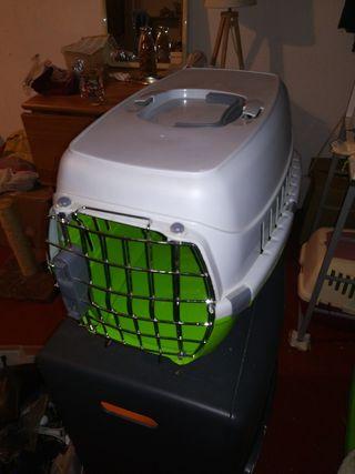 Transportín caja para llevar mascotas gatos