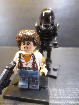Ellen Ripley y Alien (Compatible LEGO)