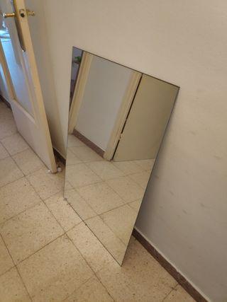 Espejo grande sin marco