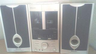 Minicadena stereo Roadstar HIF-5706MP Como nueva