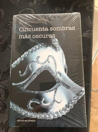 Libro cincuenta sombras más oscuras