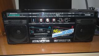 Radio cassette Sanyo MW166K, vintage, funcionando