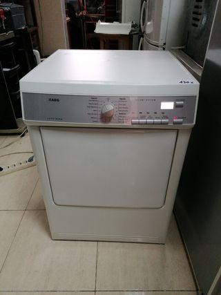 Secadora AEG 8 kg