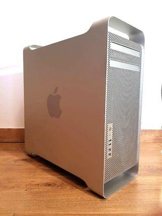 Apple Mac Pro 2009 vendo o cambio