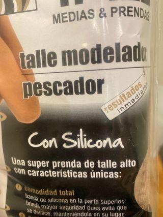 Faja colombiana de talle alto que estiliza la figu