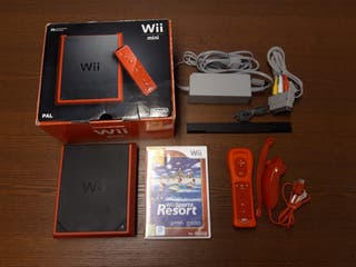 Wii mini roja en perfecto estado
