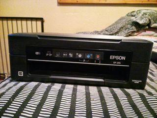 EPSON XP-255 se entrega sin cartuchos