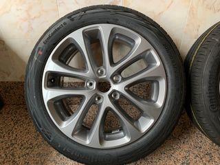 """Juego llantas 17"""" con neumáticos nuevos"""