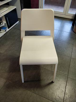 Silla blanco (6 sillas disponibles)