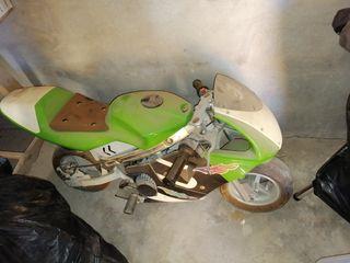 mini moto de gasolina
