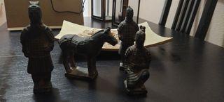 guerreros xian. figuras Samuráis