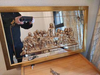 Cuadro -espejo con relieve