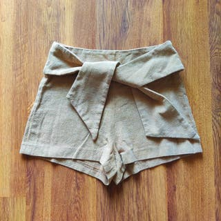 Shorts mujer Zara color beige (T-S/36)