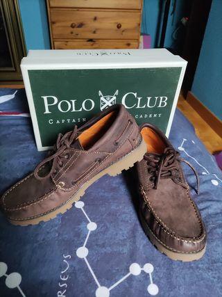 Náuticos Polo Club capitan horse academy