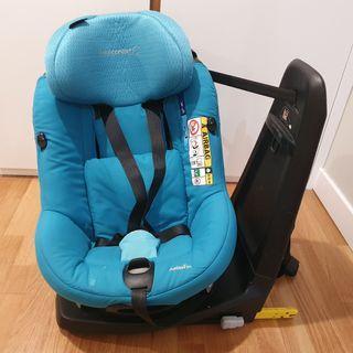 Silla de coche AxissFix i-Size de Bébé Confort