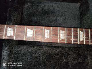 Guitarra tipo sg
