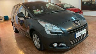 Peugeot 5008 ACTIVE HDI 115 2013