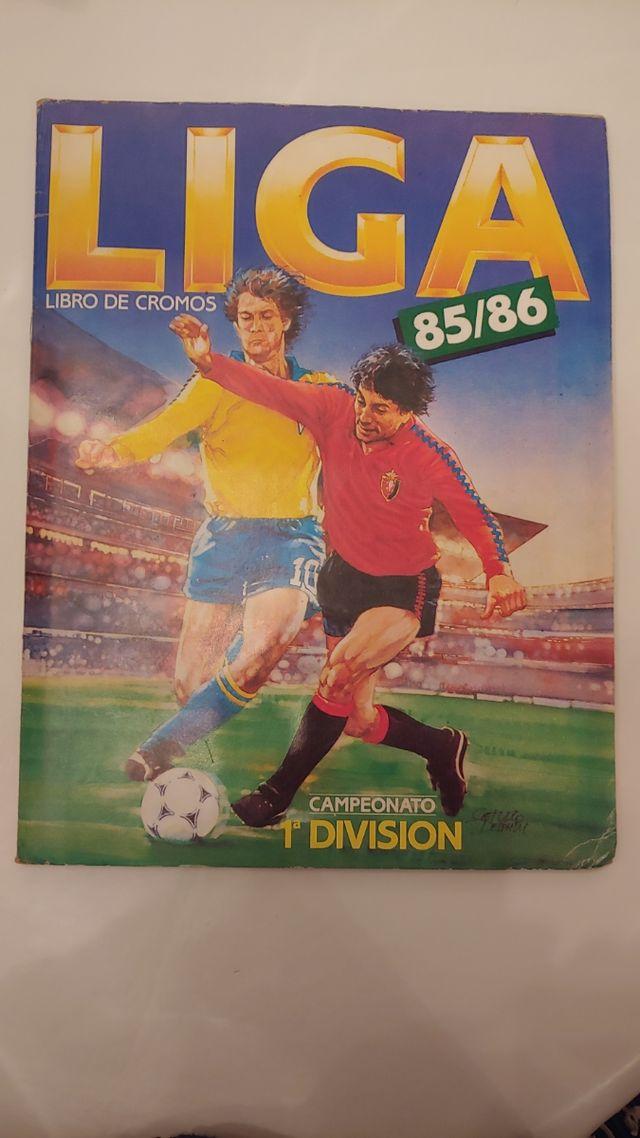 Libro de cromos Liga 85/86 Campeonato 1a División.