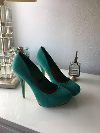 Zapatos tacón verde esmeralda sin estrenar