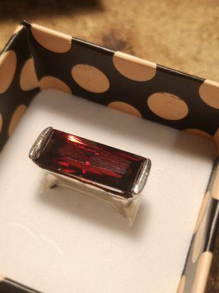 anillo plata 925 sin estrenar con piedra roja