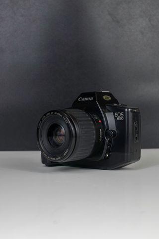 Canon EOS 650 - Cámara analógica.