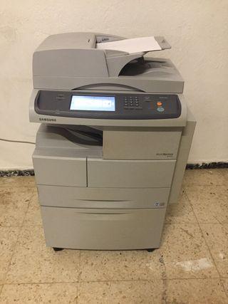 Impresora Samsung multixpress 5645N