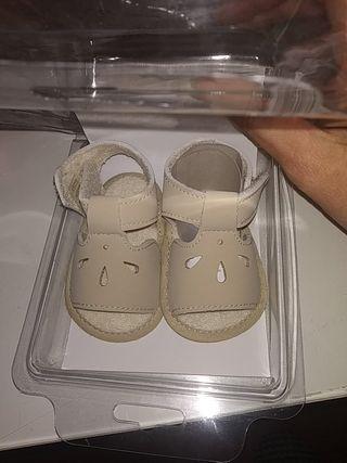 zapatos de bebé SIN ESTRENAR