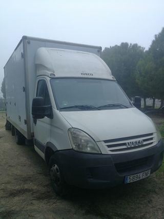 Camión para transporte de 4 caballos Iveco Daily 2007