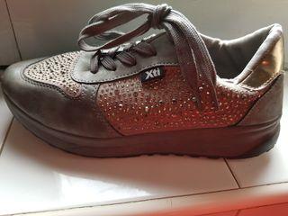 zapatillas casual xti para mujer