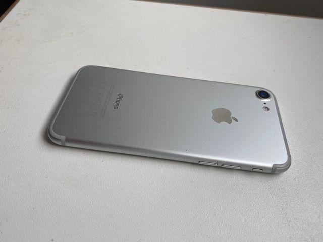 iPhone 7 128 Gb