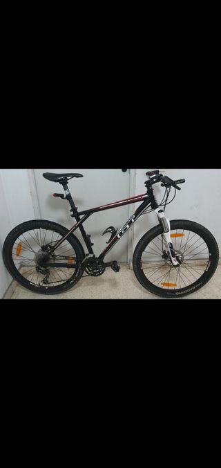 Bici Es la GT Avalanche 2.0