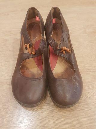 zapatos camper marrones tacón