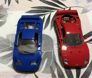 2 coches marca burago
